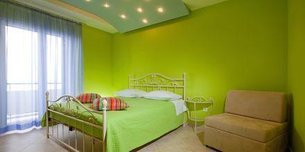 Pienehköjä yksiöitä. Hotelli Villa David, Podgora, Makarskan Riviera.