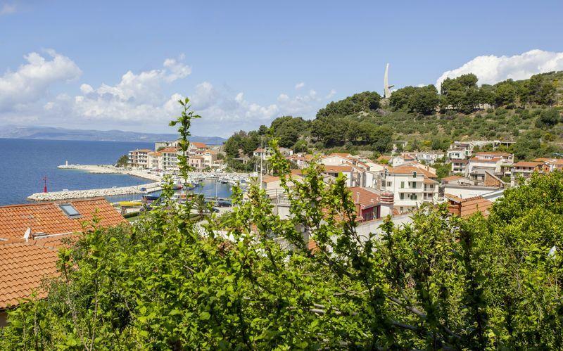 Näkymä, Hotelli Villa Mandarina, Podgora, Kroatia.
