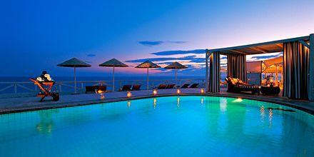 Allas hotelli Notos Therme & Spassa. Vlychada, Santorini, Kreikka.