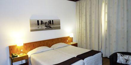 Kahden hengen huone, Hotelli Windsor, Funchal, Madeira.