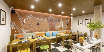 Kalaravintola, Hotelli X10 Khao Lak Resort, Khao Lak.