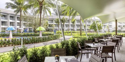 Buffetravintola, Hotelli X10 Khao Lak Resort, Khao Lak.