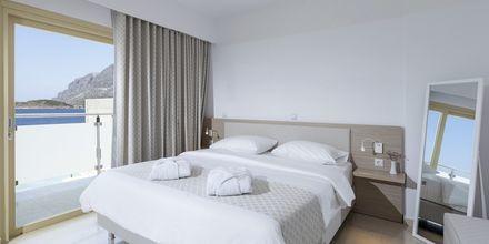 Kahden hengen huone, Hotelli Zephyros, Kalymnos.